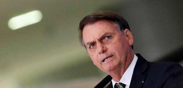 """""""Está indo para normalidade"""", diz Bolsonaro sobre queimadas"""