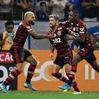 Flamengo vence Cruzeiro fora e bate recorde de vitórias