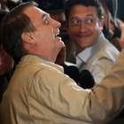"""Bolsonaro se vê com a mão na faixa: """"PT está apavorado"""""""