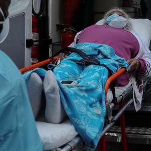 Brasil registra 697 mortes e 52.248 casos de covid-19 em 24h