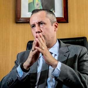 Advogado aciona STF para manter Roberto Alvim na Cultura