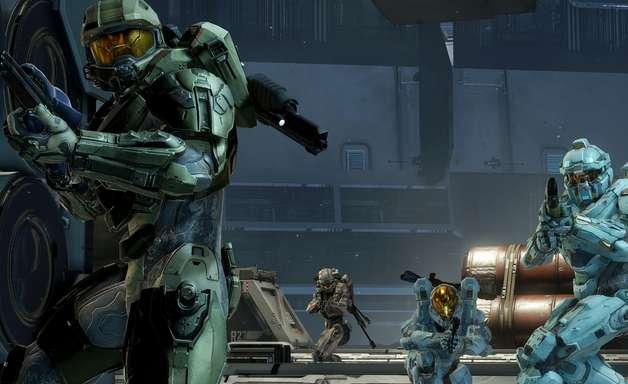 """Jogador pode dar ordens e conversar com seu time em """"Halo 5"""""""
