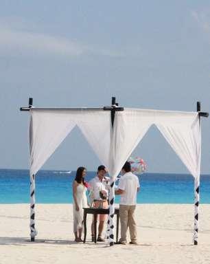 Por R$ 500, resorts oferecem casamento nas praias de Cancun