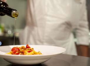 Chef celebridade Jamie Oliver tem restaurante em navio