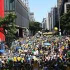 """Em SP, manifestantes apoiam Lava Jato e gritam """"Fora, Renan"""""""