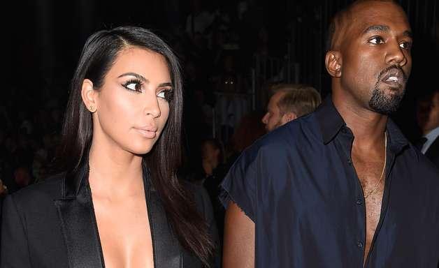 Sem sutiã, Kim Kardashian usa decote ousado em Paris