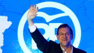 PP y Podemos caen; PSOE y C's suben, según el último CIS