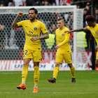 Com gol de Daniel Alves, PSG vence Nice de virada no Francês