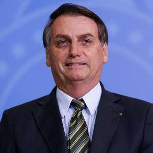 Bolsonaro ironiza e sugere asilo a Evo Morales em Cuba