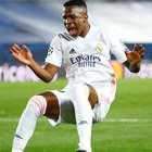 Real leva 3 do Shakhtar; Inter empata com 2 de Lukaku