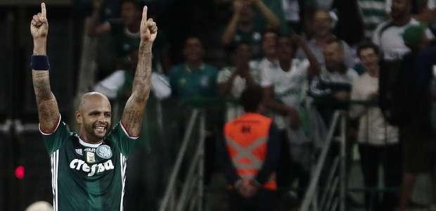 Palmeiras vence com lambança de goleiro e 1º de Felipe Melo