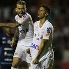 Santos bate São Bento, afasta pressão e assume liderança