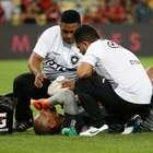 Goleiro Jefferson sofre lesão no pescoço e dorme em hospital