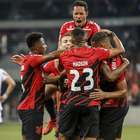 Athletico-PR vence o Atlético-MG e reage na tabela