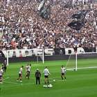 Corinthians treina com 25 mil torcedores na véspera da final