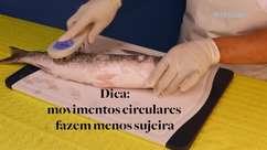 Aprenda como limpar e cortar peixe em casa