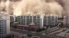 Tempestade de areia 'engole' cidade chinesa