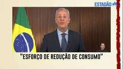 Na TV, ministro pede para dar preferência para uso de chuveiro, ar e ferro de manhã