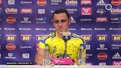 """CRUZEIRO: Rômulo comemora sequência sem sofrer gols, mas reconhece: """"Não adianta não perder, precisamos de mais vitórias para alcançar o G4"""""""