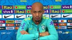 """SELEÇÃO: Fabinho comenta críticas sobre desempenho da Seleção: """"Nós dentro de campo temos uma visão diferente"""""""