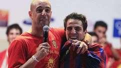 """Fabregas é """"obrigado"""" a vestir camisa do Barcelona"""