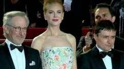Desfile de estrelas marca abertura do Festival de Cannes