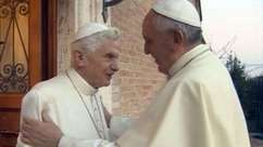 Vídeo mostra encontro de Natal entre Francisco e Bento XVI