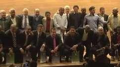 Campeões do mundo recebem homenagem na sede da CBF