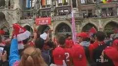 We are the champions! Cantoria marca festa do Bayern