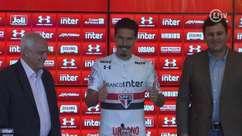 Com frases proféticas, Hernanes é apresentado no São Paulo