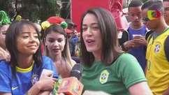 Vestidos para a Copa: adereços e até santinho ajudam torcida