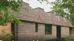 Conheça a casa sustentável de cortiça toda montada à mão