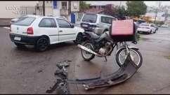 Motociclista fica ferida em acidente de trânsito no Bairro Santa Felicidade
