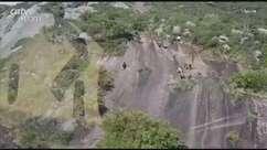 Jovem fica ferido ao cair de paredão no Morro do Anhangava