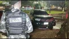 Bandido é detido após bater veículo roubado, na Avenida Brasil
