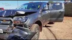 Homem tem mal súbito e bate caminhonete contra caminhão