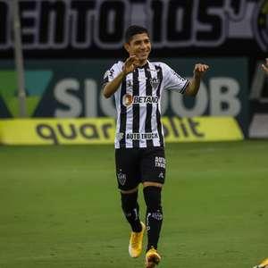 Com dois de Savarino, Atlético-MG vence reservas do Santos
