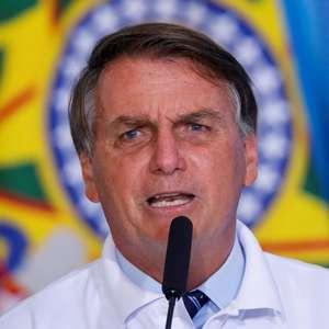 """""""Querem me culpar pelas mortes"""", diz Bolsonaro sobre a covid"""