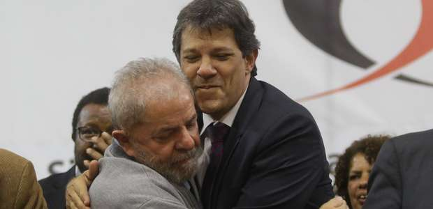 Após reunião com Lula, petistas admitem desistir por Haddad