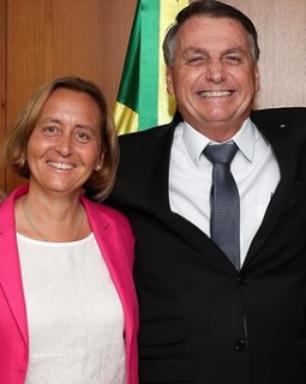 Bolsonaro recebe deputada alemã, neta de ministro nazista
