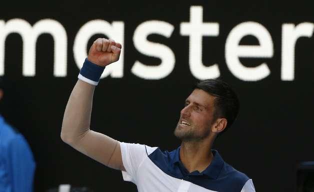 Federer e Djokovic vencem e avançam no Aberto da Austrália