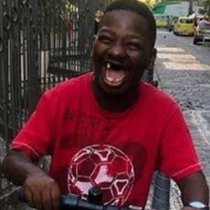 Comediante Bunitinho morre em operação da PM no Rio
