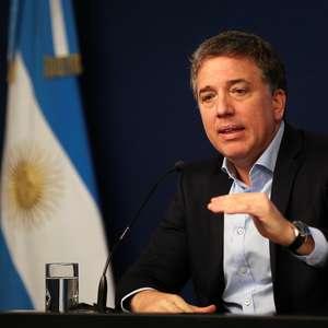 Ministro da Fazenda argentino renuncia e crise se agrava