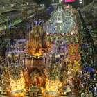 Portela e Viradouro empolgam; Mangueira faz desfile morno