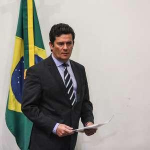 "Moro classifica como ""loucos"" manifestantes pró-Bolsonaro"