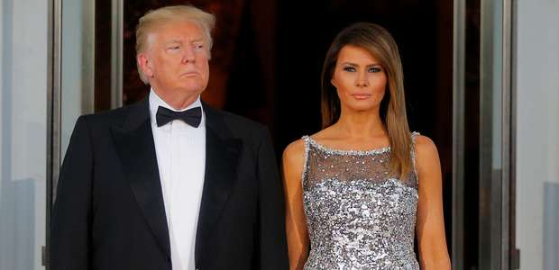 """Trump se diz """"muito ocupado"""" para comprar presente a Melania"""