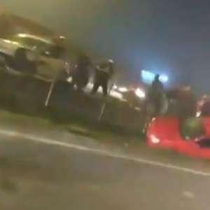 Engavetamento com mais de 20 carros deixa ao menos 8 mortos
