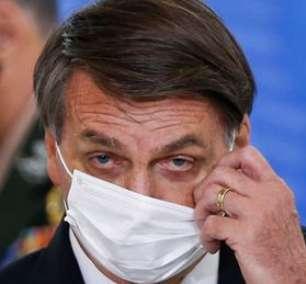 Bolsonaro fala em editar decreto contra medidas de restrição