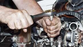 Aprenda sobre câmbio, freio e outros componentes de um motor