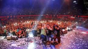 Weichafe celebra 15 años de Bar El Clan con show acústico